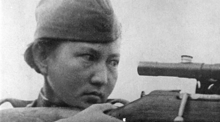 В Петербурге может появиться памятник советскому снайперу Молдагуловой