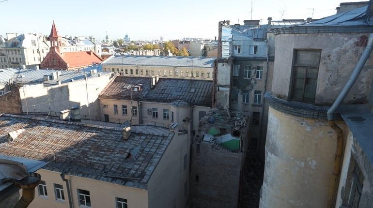 В Петербурге расскажут, что происходит с должниками по капремонту