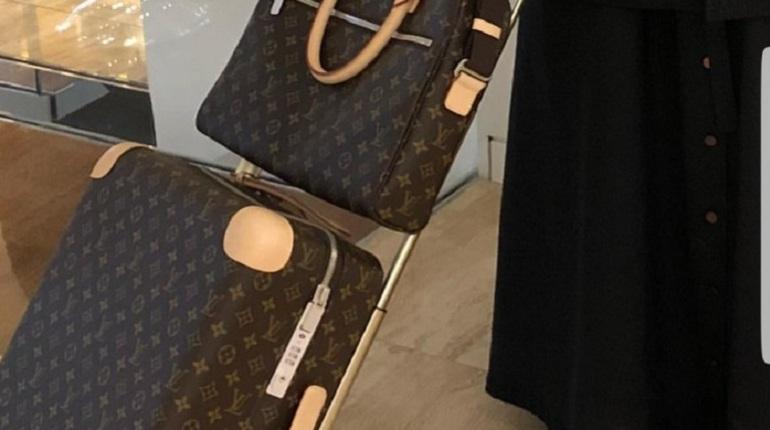 Епархия: священник в Louis Vuitton возглавляет скромный приход