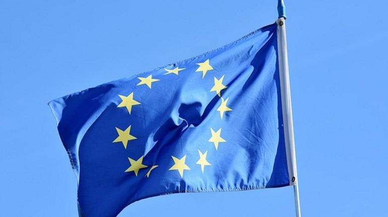Вице-президент Еврокомиссии Марош Шефчович предложил России и Украине обсудить в Брюсселе газовый вопрос. Переговоры могут пройти в январе этого года.