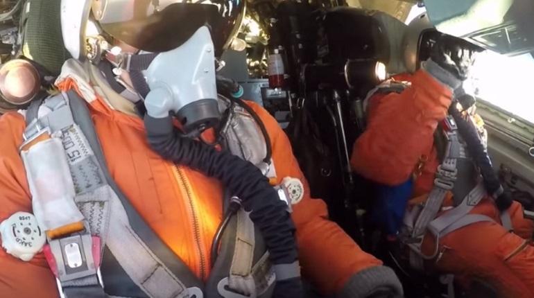 Минобороны показало полет российских бомбардировщиков над Карибским морем