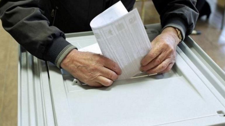 Голосование на повторных выборах губернатора Приморья уже завершились, идет подсчет голосов. Пока лидирует самовыдвиженец Олег Кожемяко.