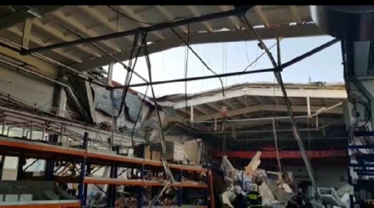 Возбуждено уголовное дело после смертельного обрушения крыши в Подмосковье