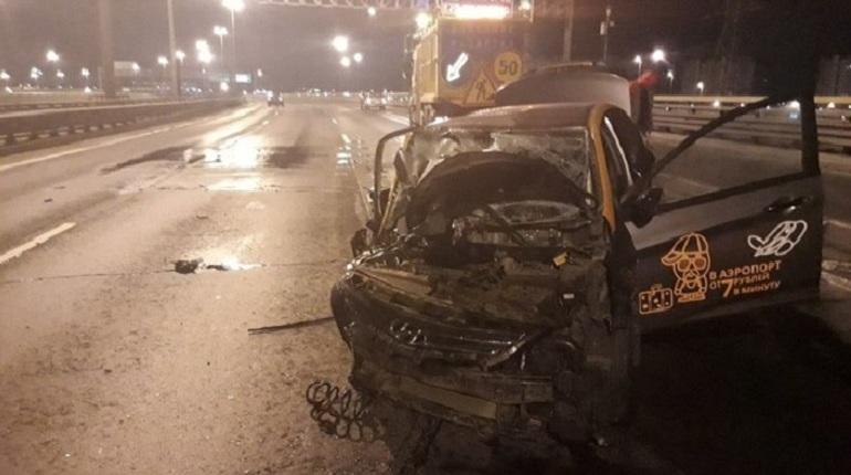 Топ нелепых аварий с каршеринговыми автомобилями в Петербурге