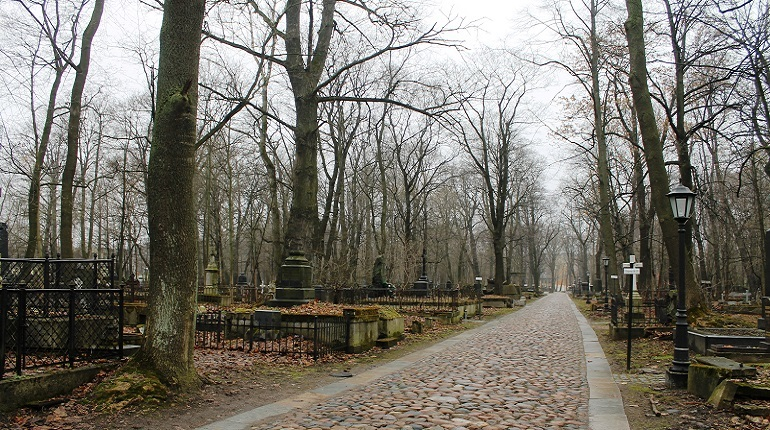 Смоленское лютеранское кладбище стало памятником регионального значения