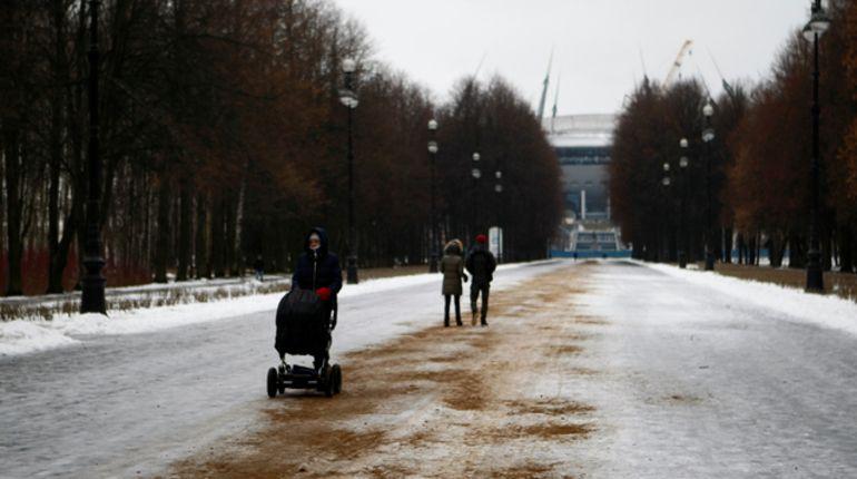 Ввоскресенье вПетербурге будет скользко иснежно
