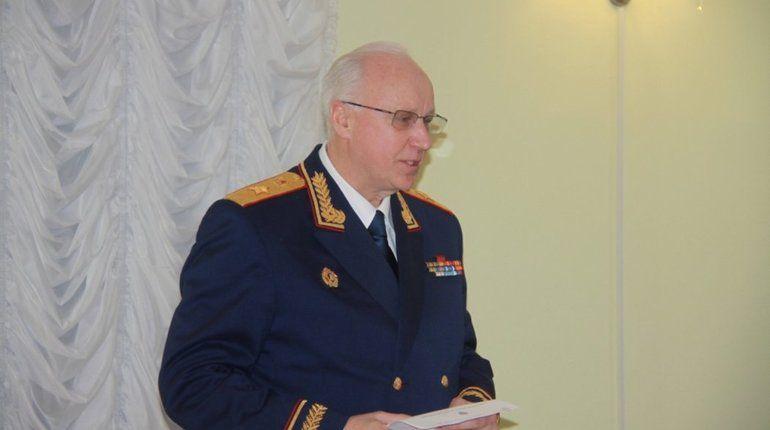В Санкт-Петербургской академии Следственного комитета сегодня состоялась встреча председателя СКР Александра Бастрыкина с ветеранами и действующими сотрудниками ГУ МВД по Петербургу.