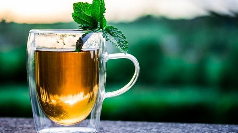 Медработники: горячий чай полезен для зрения