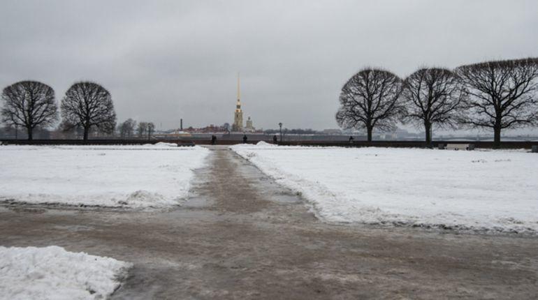 Петербуржцам пообещали скользкую пятницу