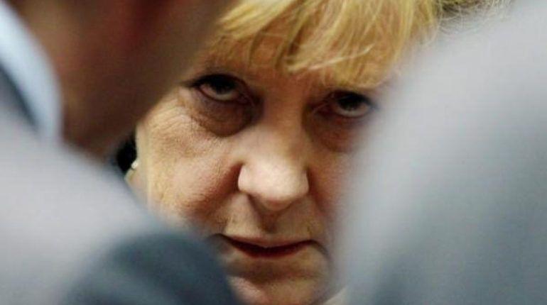 Меркель не видит оснований для отмены санкций против России