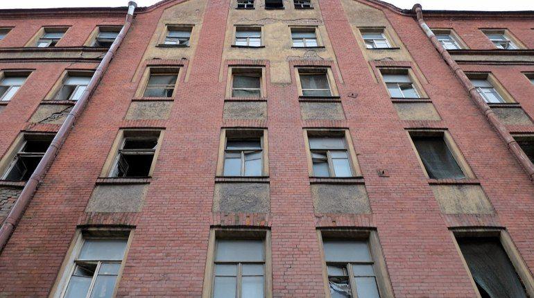 Градозащитники «добили» Смольный: сносить дома на Тележной не будут