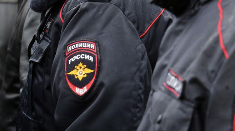 ВДТП вПетербурге погибли полицейский идорожные рабочие