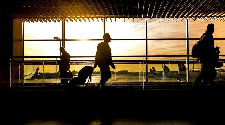 Крупнейший аэропорт мира погрузился во тьму