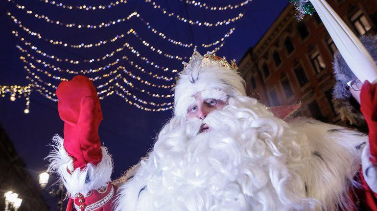 Чиновники верят в Деда Мороза