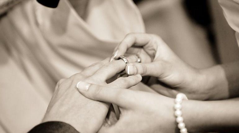 В помпезном дворце больше всего свадеб в уходящем году.