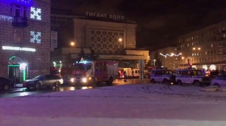 Кассир петербургского «Перекрестка», где прогремел взрыв, госпитализирована