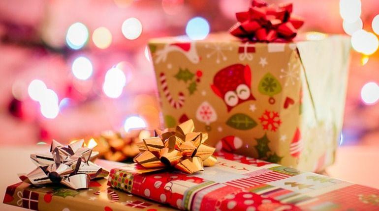 Что подарить семье на Новый год