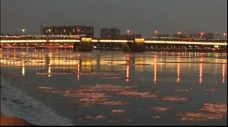 Последняя неподсвеченная переправа в Санкт-Петербурге обзавелась 290 новыми светодиодными прожекторами.