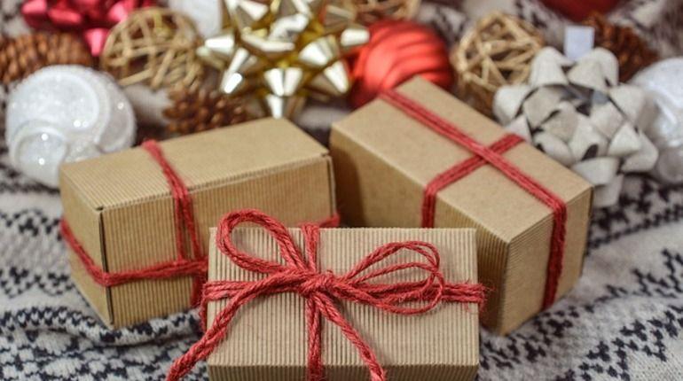 Что подарить друзьям на Новый год