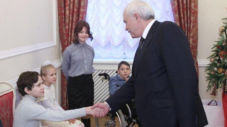 Полтавченко исполнил желания детей-инвалидов