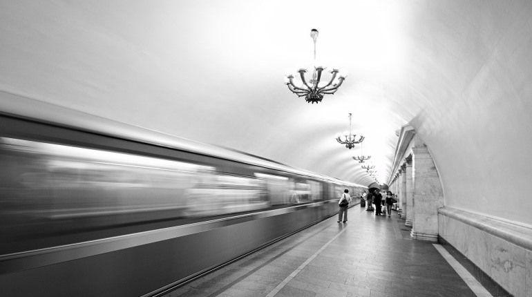 Станции метро «Горьковская» и«Невский проспект» закрыты из-за дыма