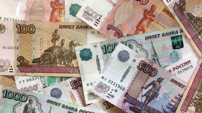 Мошенник в галстуке обчистил пенсионерку в центре Петербурга