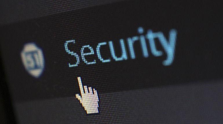 Процессоры Intel оказались критически уязвимы для хакеров