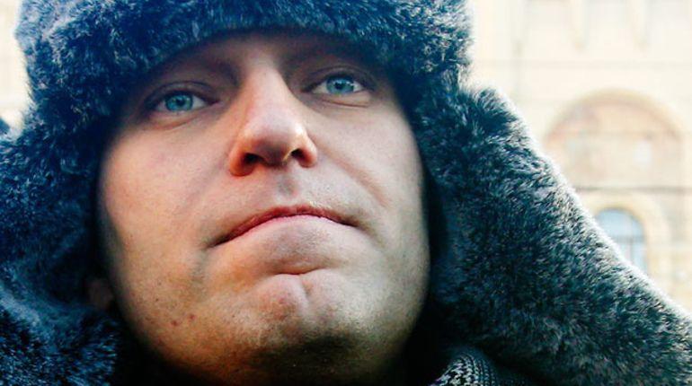 Навальный пожаловался наслежку вПетербурге