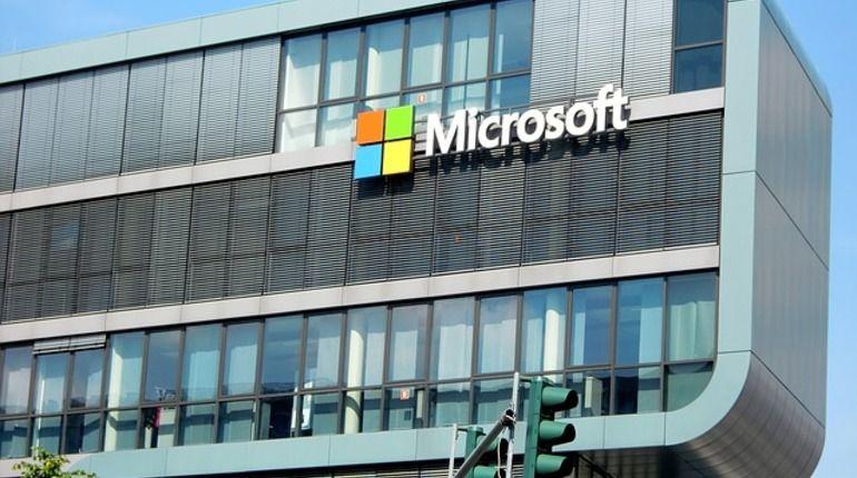 Microsoft выпустила патчи для уязвимостей Meltdown иSpectre