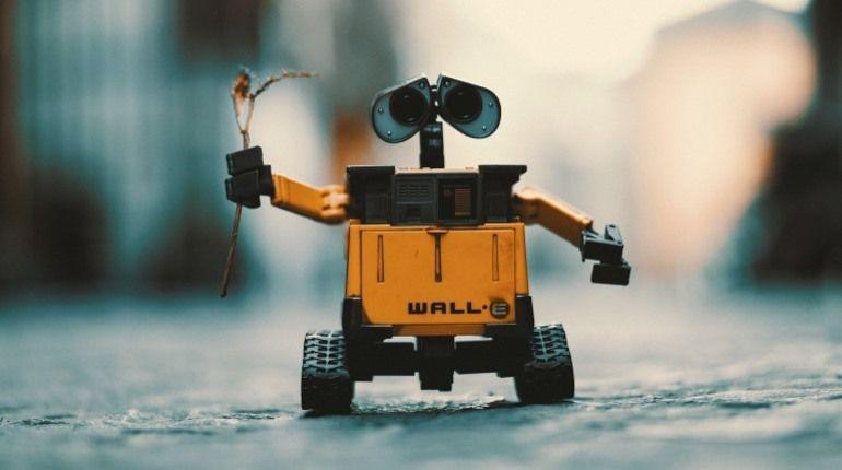 Новый робот принесет хозяину пиво и найдет очки